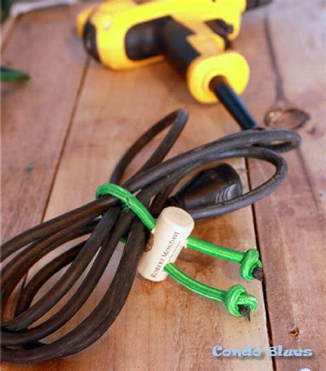 how to use a check cord 28 ways to use bungee cords in your home diy bungee cord hacks