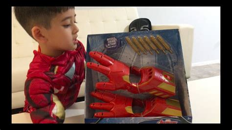 disney store iron man repulsor gloves official unboxing