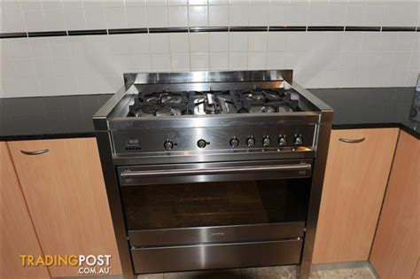 second hand kitchen appliances included for sale in