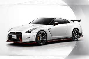 Nissan Front 2015 Nissan Gt R Nismo Front Three Quarters Photo 18
