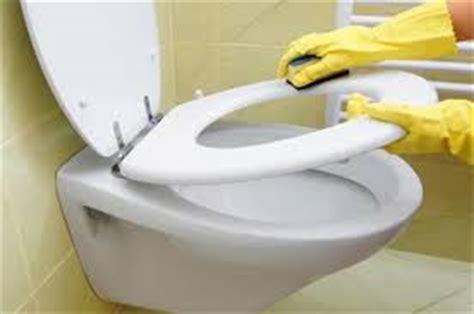 giochi di pulire il bagno lavori di casa pulire il bagno in modo veloce