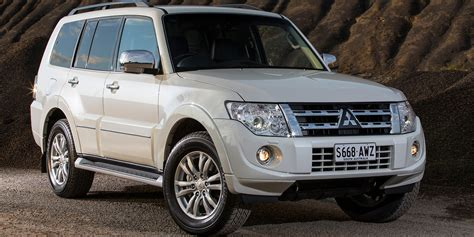 2010 2014 mitsubishi pajero recalled for takata airbags