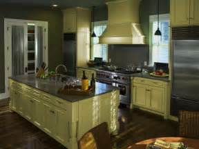 Repainted Kitchen Cabinets by Repainting Oak Kitchen Cabinets Repainting How To Update