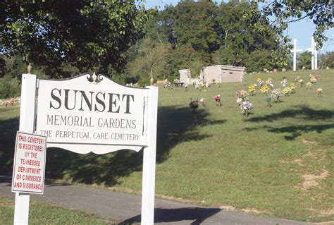 Sunset Gardens Cemetery - sunset facing da petition the cleveland daily banner