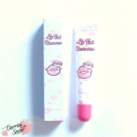My Lip Tint Pack review berrisom my lip tint pack and lip tint cleanser berries in the snow