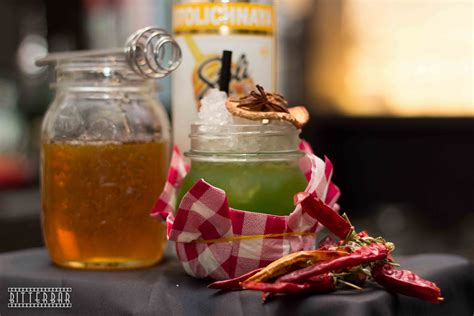 bicchieri cocktail particolari tre originali cocktail per l autunno mixer planet