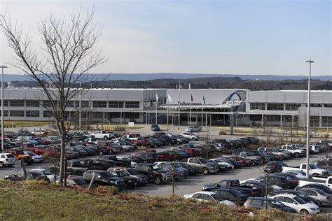 volkswagen plant chattanooga tn gov haslam vw committed to chattanooga plant expansion
