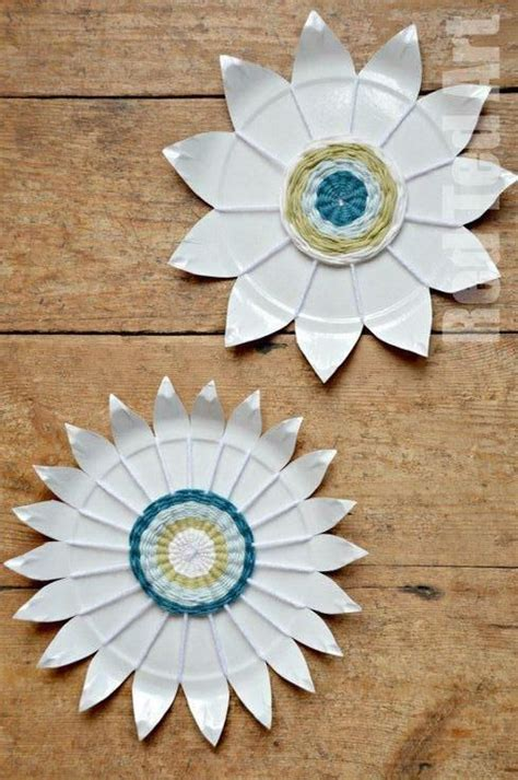 Paper Plate Weaving Craft - paper plates weaving and plates on