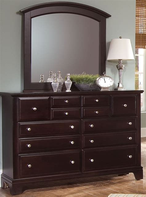 Bedroom Furniture Hamilton Hamilton Franklin Merlot Panel Bedroom Set Bb4 558 855 922 Vaughan Bassett
