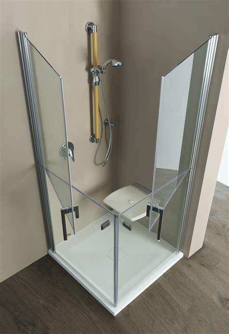 cabina doccia senza piatto una doccia anziani senza barriere con l aggiunta della seduta