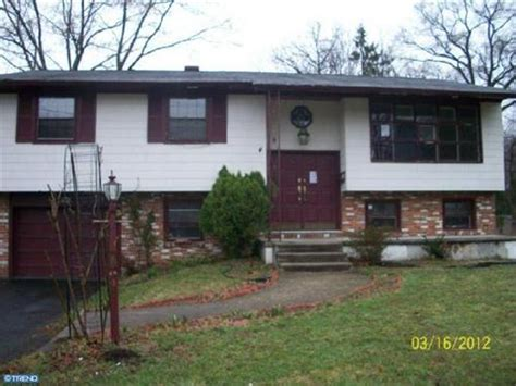4 coolidge rd cherry hill new jersey 08002 foreclosed