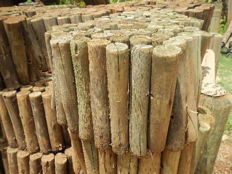 Landscape Edging Wooden Posts Suppliers Of Garden Edging