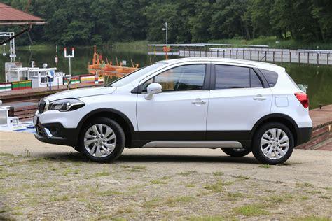 Suzuki Sx4s Cross Sx4 S Cross Flagowy Model Suzuki W Nowej Odsłonie