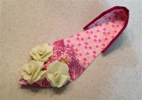 Paper Shoe Craft - how to make a paper shoe craft lovetoknow