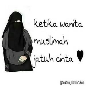 ketika muslimah jatuh cinta dunia jilbab