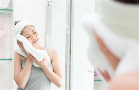 Handuk Untuk Salon gunakan handuk hangat untuk memaksimalkan kehalusan wajah facetofeet