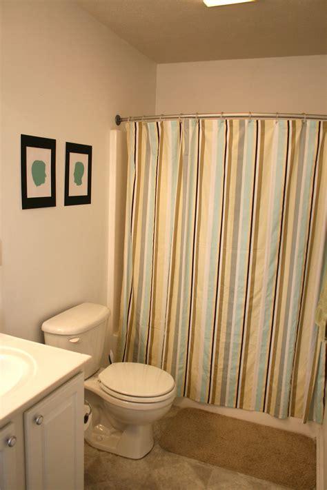 updating bathroom light fixtures updating the bathroom light fixture 187 dream green diy