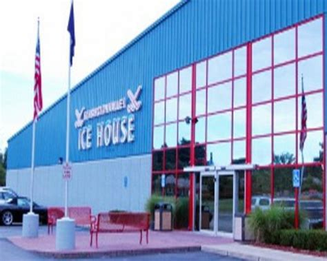 kensington valley ice house family friendly and kid friendly attractions pure michigan