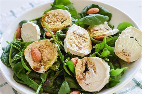 Salat Dekorieren by Low Carb Babyspinat Mit Leckerem Dressing Und Ziegenk 228 Se