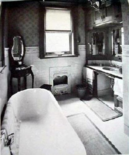 images  vintage bathrooms  walkabout lets talk