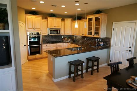 Kitchens With Light Cabinets Pictures Of Kitchens Traditional Light Wood Kitchen Cabinets