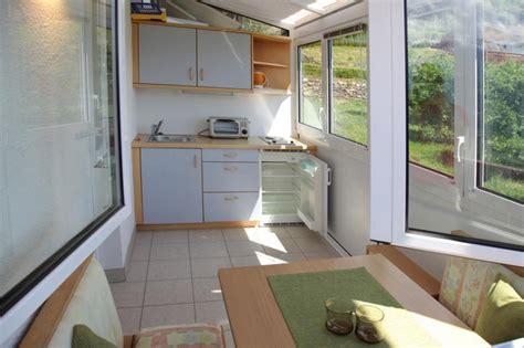 cucina in veranda chiusa veranda balcone immagini idea di chiudere veranda
