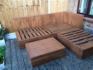 Patio Table From Pallets Diy Pallet Corner Sofa For Deck Pallet Furniture
