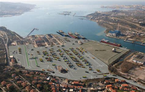 porto nuovo trieste nuovo terminal ro ro al porto di trieste ship2shore