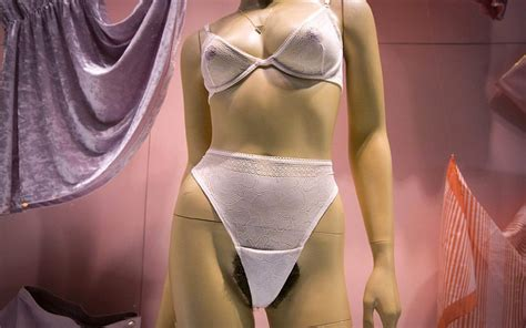 natural women with crotch hair american apparel pubic hair mannequins shock new yorkers
