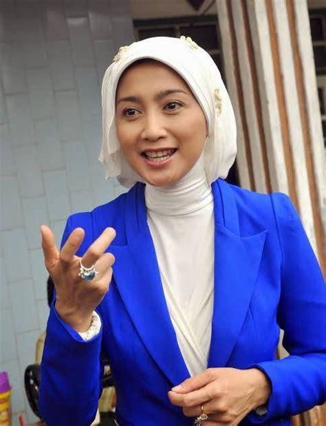 film layar lebar indonesia yang terkenal nggak kalah dari arumi bachsin 5 artis cantik ini juga
