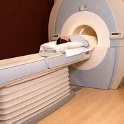 risonanza magnetica con contrasto alla testa risonanza testa e collo risonanza magnetica