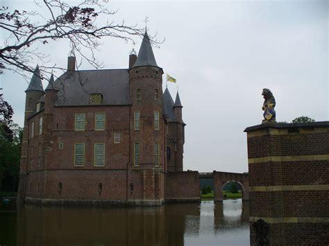 Castle Corner 17 dutchcorner august 2012
