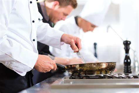 offerte di lavoro cameriere roma cercasi aiuto cuoco a roma thegastrojob