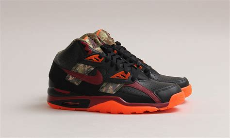 nike air trainer sc high prm blackteam red hyper crimson