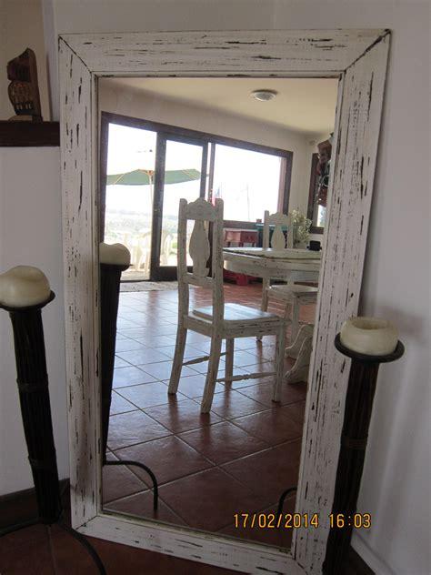 decorar espejo blanco espejo decapado en blanco y negro decorar pinterest