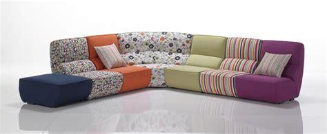 pouff divano divano componibile con pouf