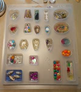 resin crafts working in molds part one