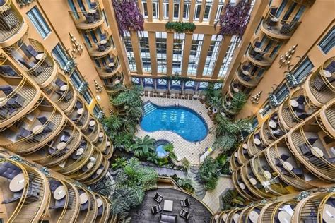 royale hotel hotel palace royal city compare deals