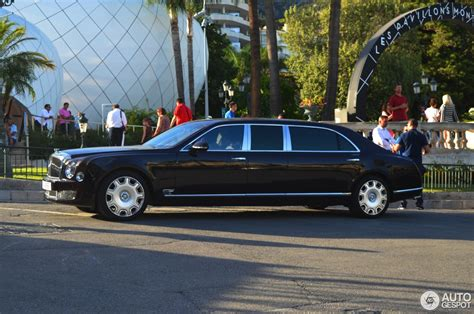 bentley limo bentley mulsanne grand limousine 6 august 2016 autogespot