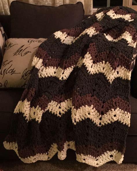 crochet pattern bulky yarn afghan chunky and bulky chevron afghan pattern blue frog creek