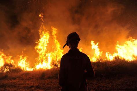 montana lighting missoula mt lightning sparks on kootenai national forest state