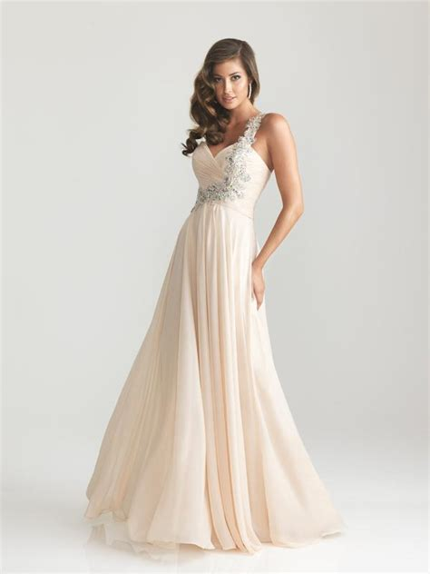 Blog at promdressshop.com