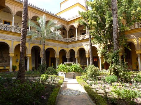 file patio central del palacio de las due 241 as de sevilla