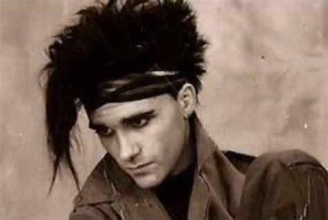 al jourgensen slicing up eyeballs 80s alternative music college rock