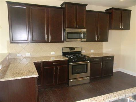 java kitchen cabinets ballentine kitchen 5 quot plank legacy manor oak calico