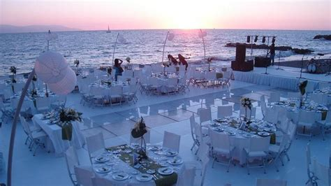 are weddings abroad expensive weddings abroad glam destinations