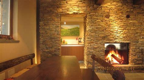 interni in legno e pietra montignoso chalet vista mare in versilia toscana in