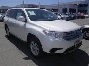 Toyota Highlander 2013 4 Cylinder 2013 Toyota Highlander 2wd 4 Cylinder Cars And Vehicles