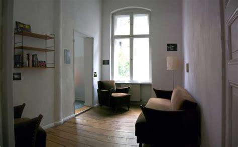 suche altbauwohnung bildergalerie sch 246 ne altbauwohnung in kreuzberg wohnzimmer