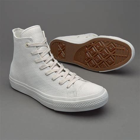 Sepatu Converse Chuck Original sepatu sneakers converse chuck all ii hi buff